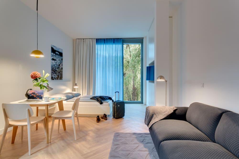 Studio XL - Living Room