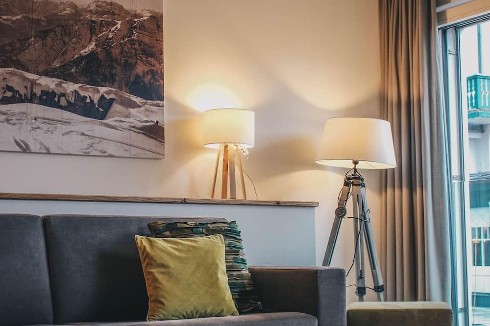Supreme Suite mit Balkon - Living Area