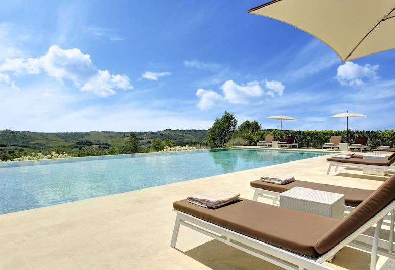 Villa Le Calvane, Montespertoli, Piscine à débordement
