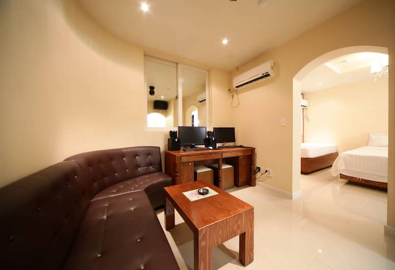 A Hotel Iksan, Iksan, Party Suite, Guest Room