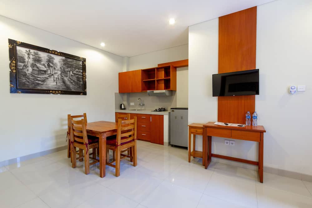 Suite, Kitchenette - In-Room Dining