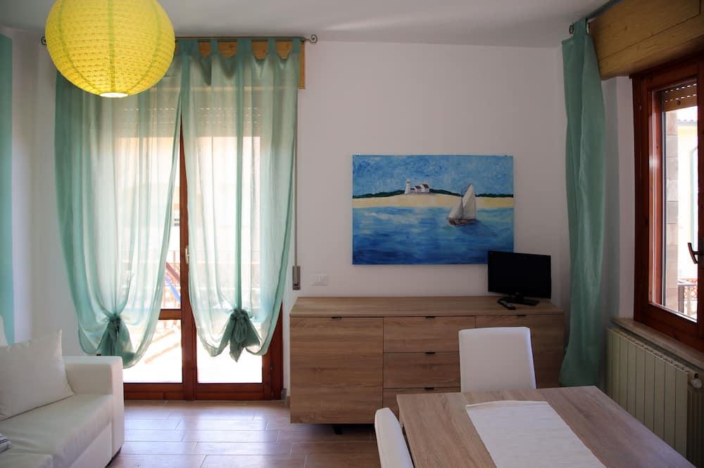 Superior Apartment, 2 Bedrooms, Terrace, Partial Sea View - Living Room