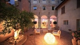 Fabriano hotels,Fabriano accommodatie, online Fabriano hotel-reserveringen