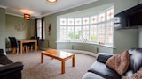 Choose this Apartment in York - Online Room Reservations