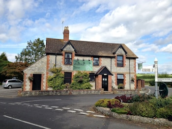 Picture of Walnut Tree Hotel in Yeovil
