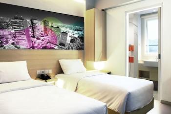 תמונה של Cleo Hotel Jemursari בSurabaya
