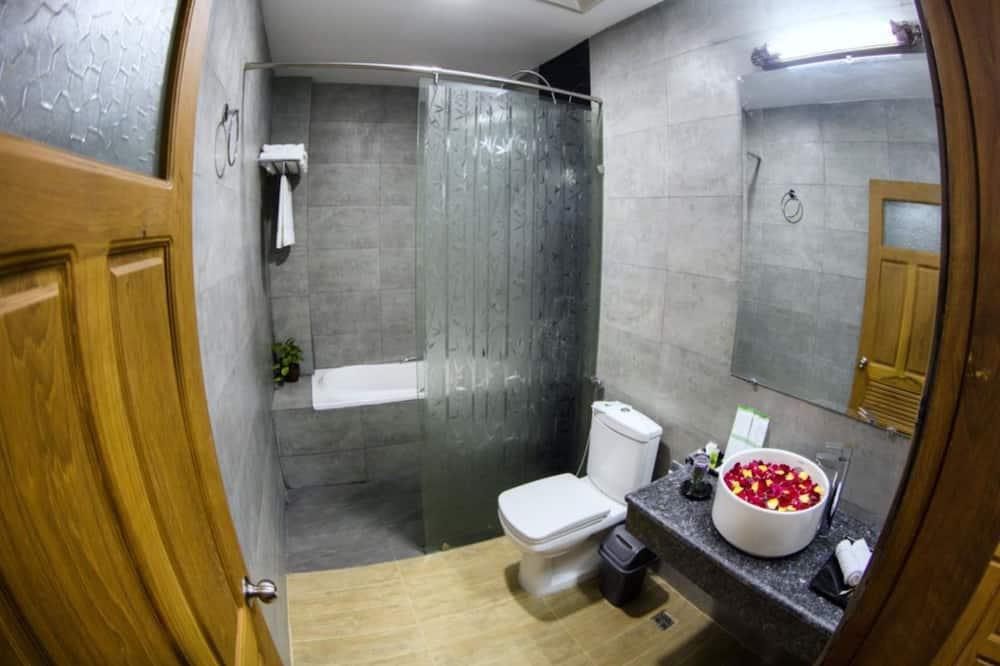 Suite (Corner) - Badezimmer