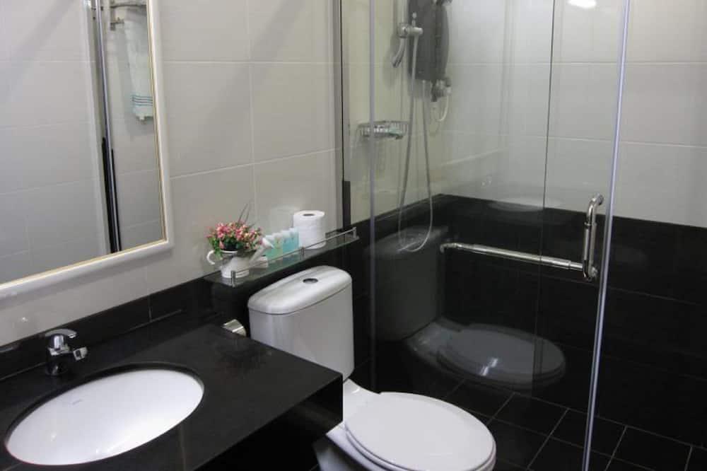 Compact D - No Window - Bathroom