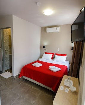 Φωτογραφία του Ξενοδοχείο Lux, Πειραιάς
