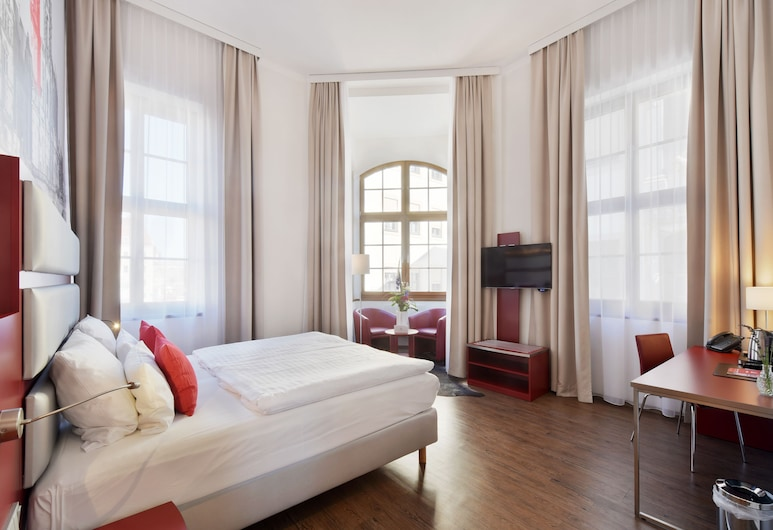 Amedia Plaza Dresden, Dresde, Suite Junior, Chambre