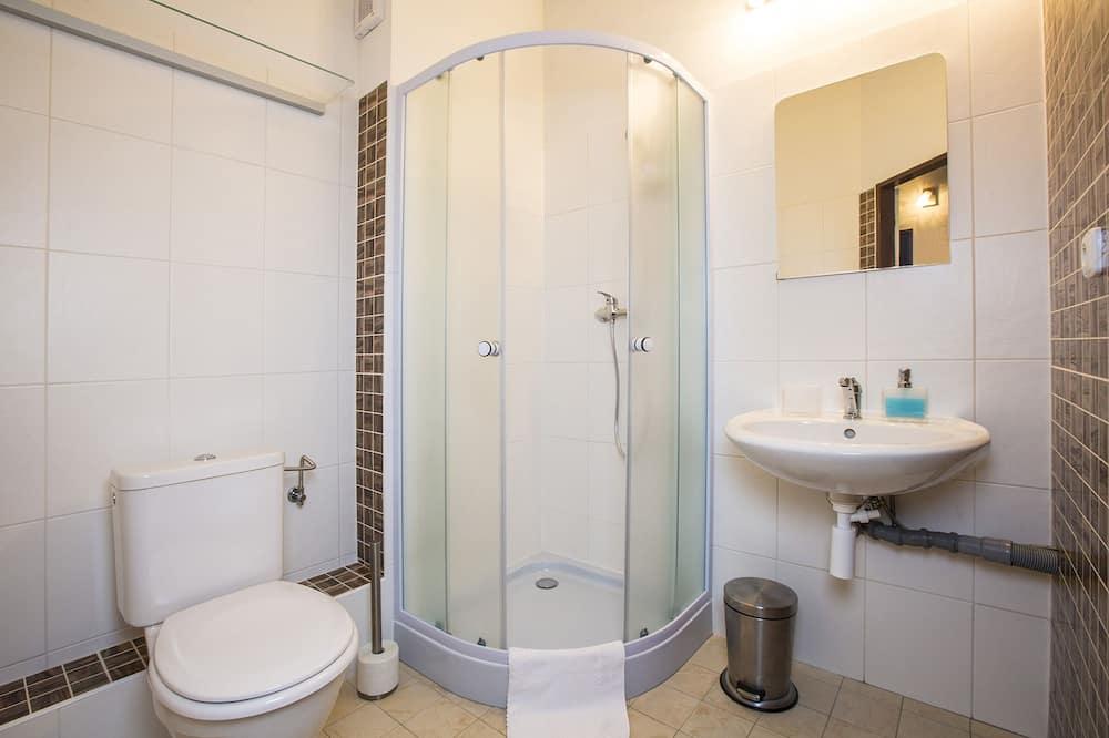 Pokój dwuosobowy, aneks kuchenny (Extra Bed) - Łazienka