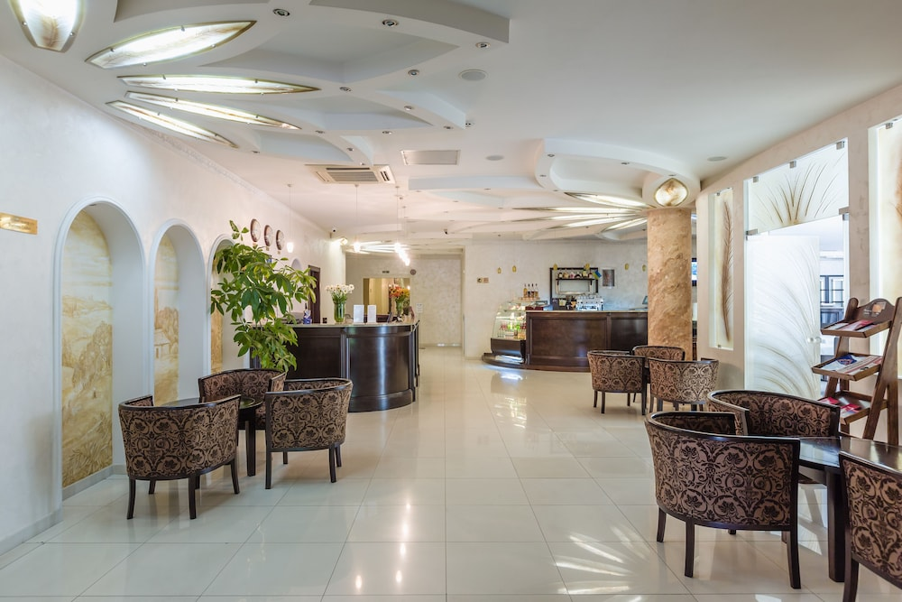 Kozatskiy Stan Hotel Kiev Interior Entrance