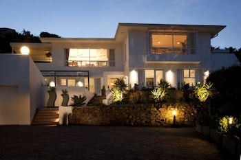 Enter your dates to get the Plettenberg Bay hotel deal