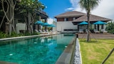 Choose This Luxury Hotel in Seseh