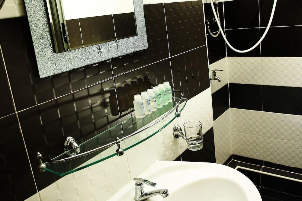 Superior-huone, 1 keskisuuri parisänky - Kylpyhuone