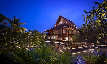Book this 5 star hotel in Sanya