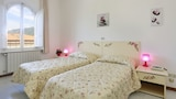 Choose This 2 Star Hotel In Pietrasanta