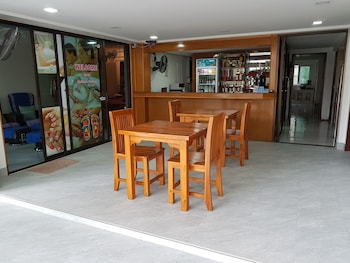 Karon bölgesindeki Welcome Inn Karon resmi