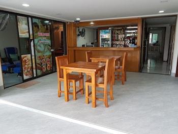 Gambar Welcome Inn Karon di Karon