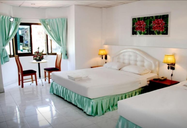 Welcome Inn Karon, Karon, Deluxe Triple Room, Bilik Tamu