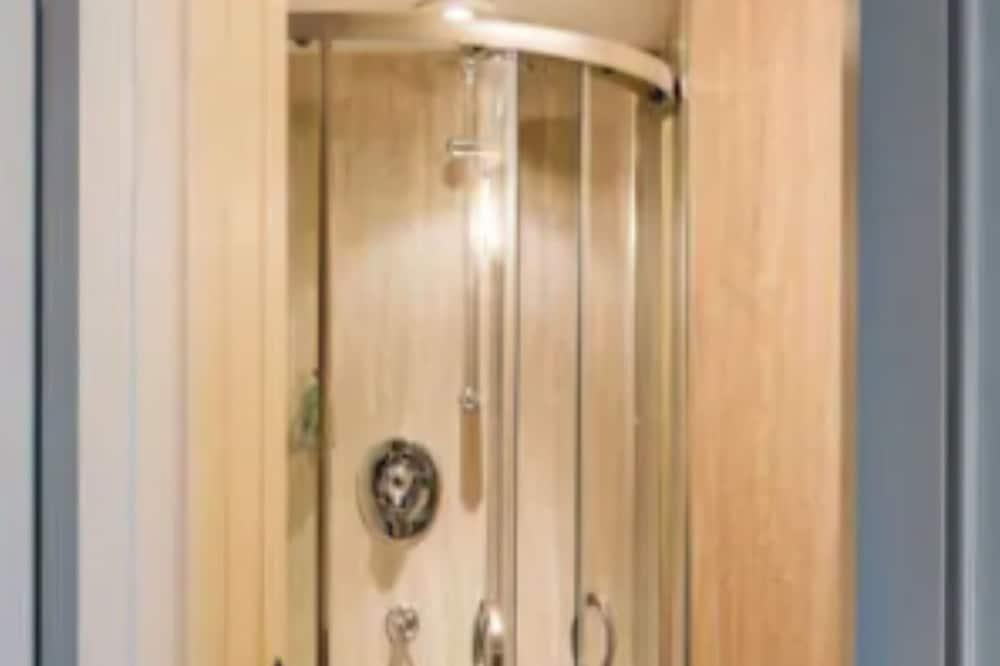 家庭套房, 2 間臥室 - 浴室