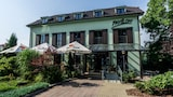 Reserve this hotel in Ricany, Czech Republic