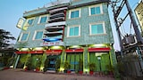 Book this Parking available Hotel in Maulmyine