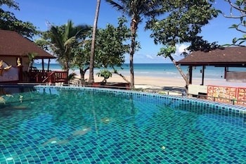 Picture of Mac Resort Hotel in Ko Chang