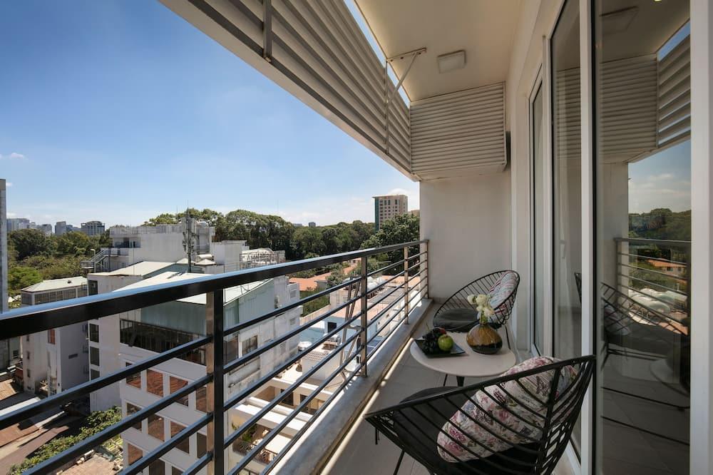 Deluxe-Apartment, 3Schlafzimmer, Stadtblick, Turm - Terrasse/Patio