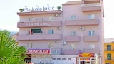 Book this Parking available Hotel in Makarska