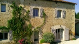 Reserve this hotel in Marillac-le-Franc, France