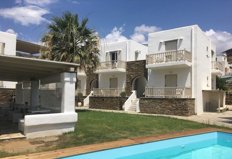Ninemia Suites & Ersis Open Air Spa, Τήνος