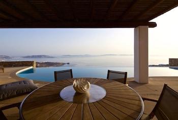 Picture of Mykonos Crystal Resort in Mykonos