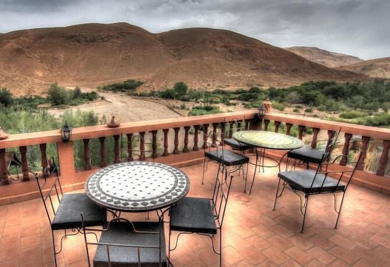 Maison D'hôtes Restaurant Chez L'habitant Amazigh, Ait Sedrate Jbel El Soufla, Refeições no exterior