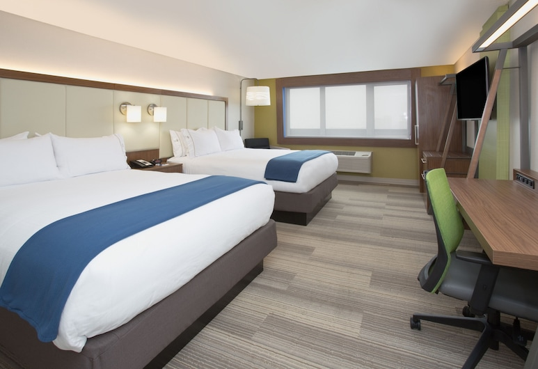 Holiday Inn Express & Suites Houston IAH - Beltway 8, Houston, Suite, 2 Queen Beds, Non Smoking, Guest Room