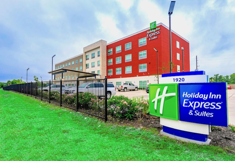 Holiday Inn Express & Suites Houston IAH - Beltway 8, Houston