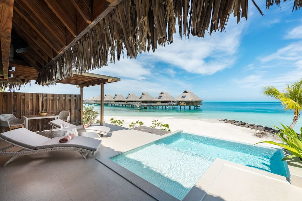 King Beach Pool Villa - Guest Room View