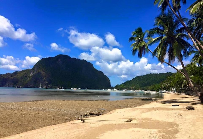 Stunning Republic Beach Resort, El Nido, Plage