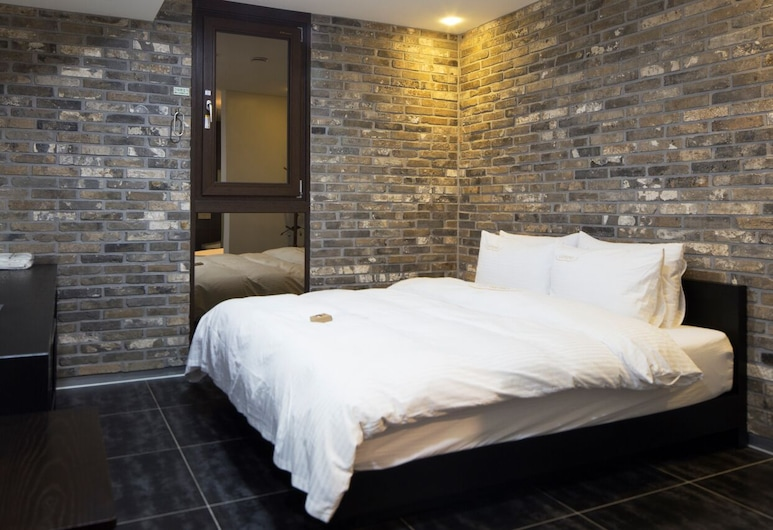 Gangnam Campus Hotel, Seoul, Standard Double Room, Guest Room