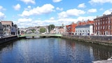 Choose this Apartment in Cork - Online Room Reservations