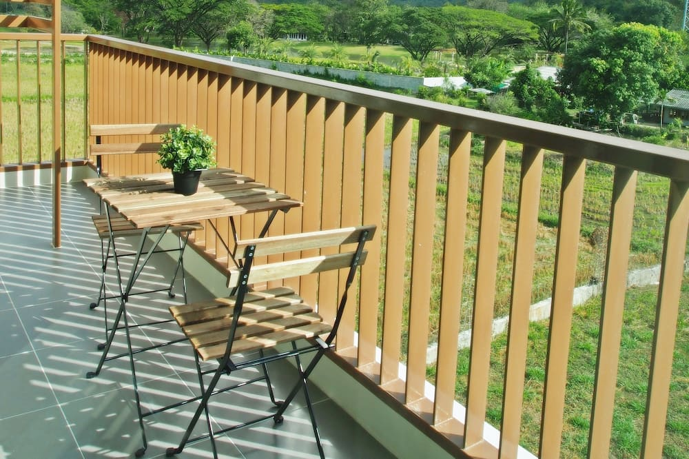 Apartment 1 Bedroom with Mountain View - Balcony