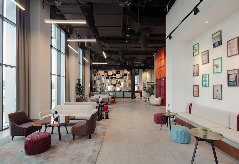 Rove Healthcare City, Дубай