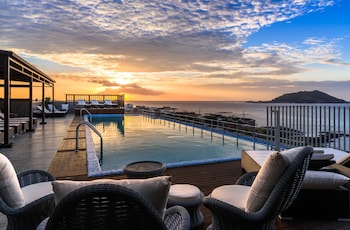 Enter your dates to get the best Jeju hotel deal
