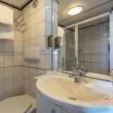 Comfort Double Room, River View - Bilik mandi