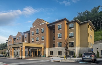 Picture of Best Western Plus The Inn at Franciscan Square, Steubenville in Steubenville