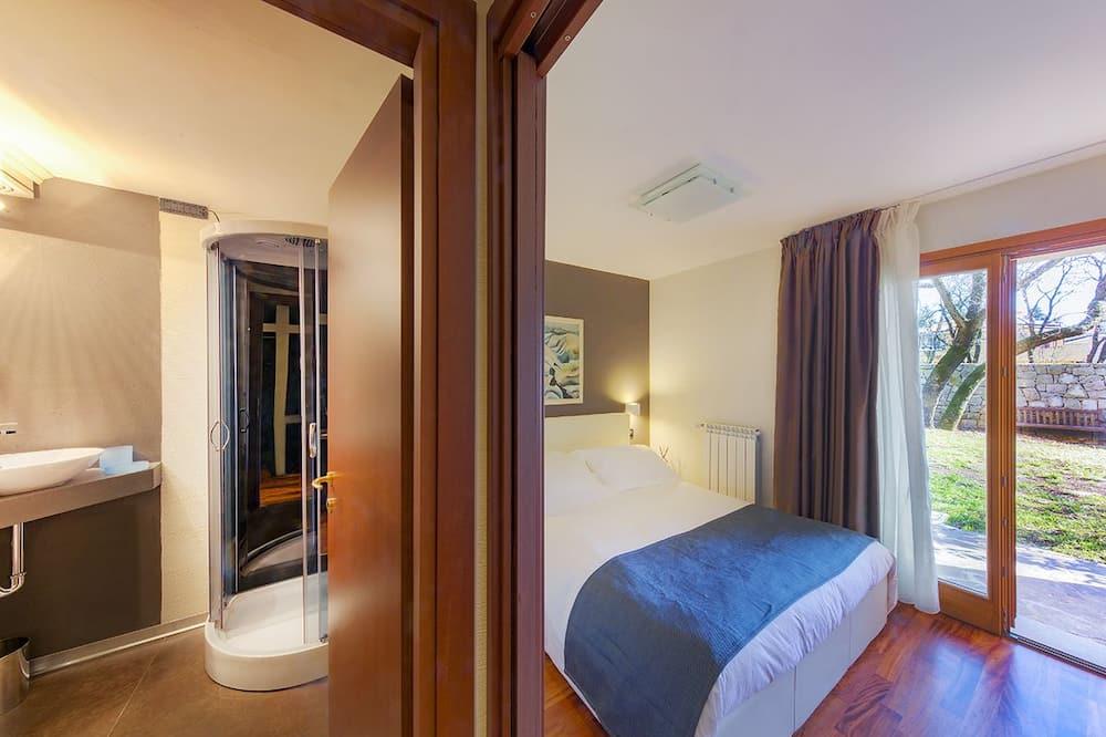 חדר אקזקיוטיב זוגי, חדר שינה אחד, חדר רחצה פרטי - חדר רחצה