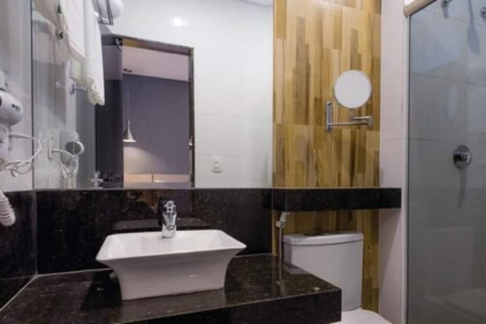 Pokój z 2 pojedynczymi łóżkami typu Deluxe - Łazienka