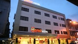 Book this Free Breakfast Hotel in Batam