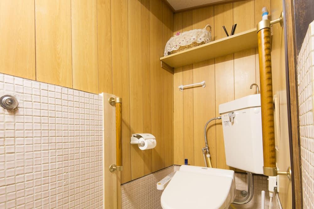 Traditional Σπίτι σε Συγκρότημα Κατοικιών (Japanese Style) - Μπάνιο