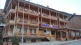Choose This Cheap Hotel in Caykara